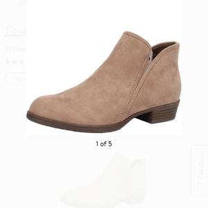 NWT Suede ankle boots tan size 9